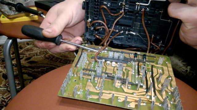 Не работает панель приборов ВАЗ-2110: причины, что делать?