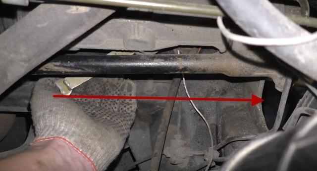 Как подтянуть рулевую рейку на ВАЗ-2110: инструкция с видео