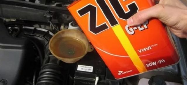 Замена масла в коробке передач на Лада Гранта с тросовым приводом: видео инструкция