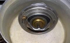 Как проверить термостат на ВАЗ-2110?