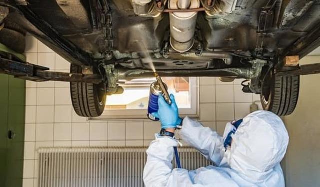 Чем лучше обработать днище автомобиля от коррозии: советы