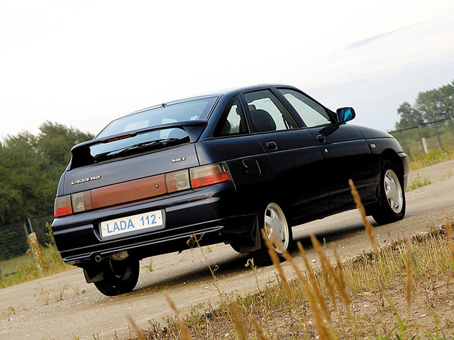 Вес ВАЗ-2112 8 и 16 клапанов: сколько весит кузов?