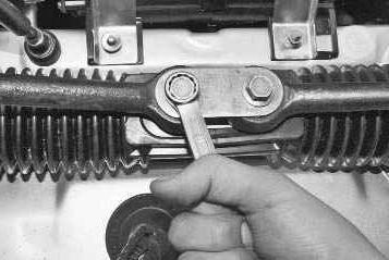 Замена рулевой рейки ВАЗ 2110 своими руками: инструкция