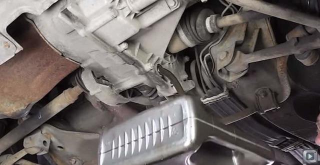 Замена масла в КПП на Лада Калина: видео и фото инструкция