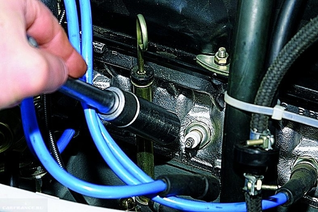 Замена маслосъемных колпачков на ВАЗ 2112 16 клапанов без снятия головки: видео