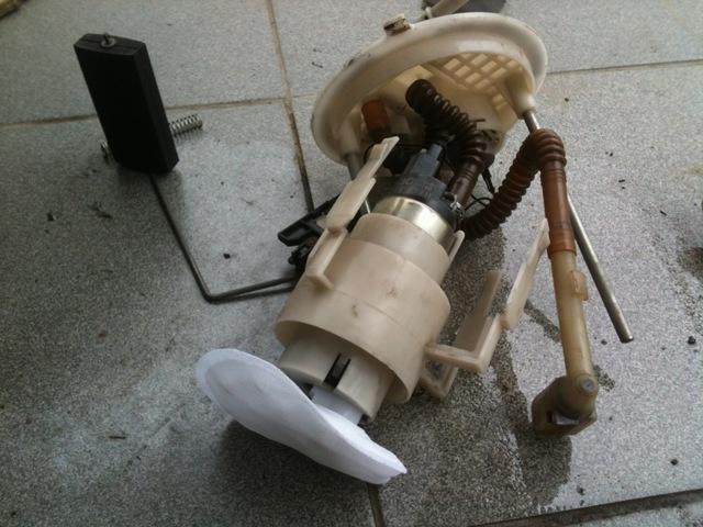 Загорелся чек на Ладе Приора 8 и 16 клапанов: причины, что делать?