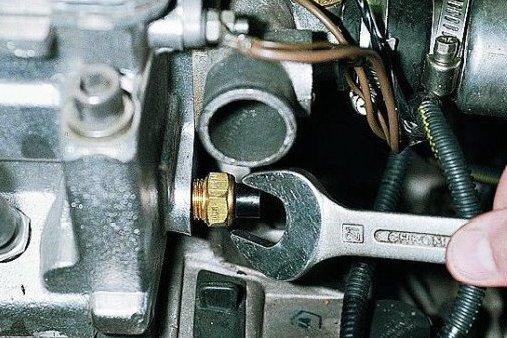 Не заводится в мороз ВАЗ-2109 инжектор: как исправить?