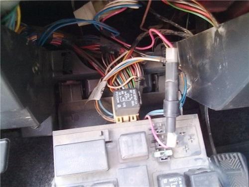 Почему не работает центральный замок ВАЗ 2110 и как его отремонтировать?