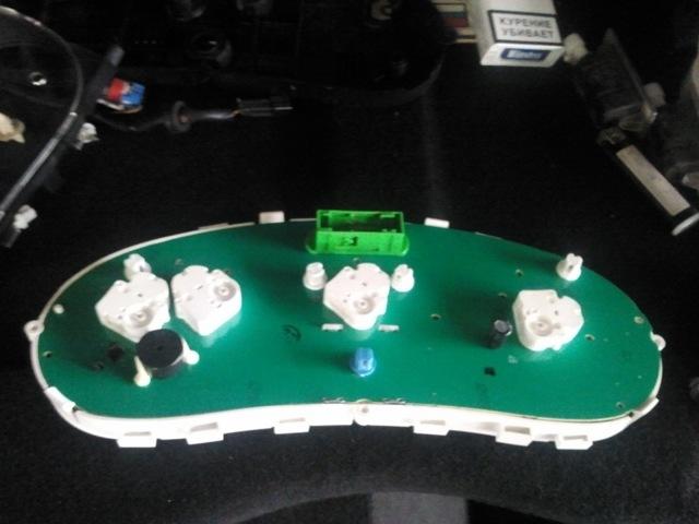 Замена лампочек в приборной панели Лады Калина: пошаговая видеоинструкция