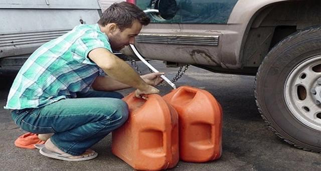 Как слить бензин с Лады Приора разными способами: видеоинструкция